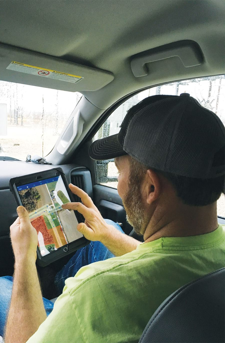Using Collector for ArcGIS and Survey123 for ArcGIS on iPads