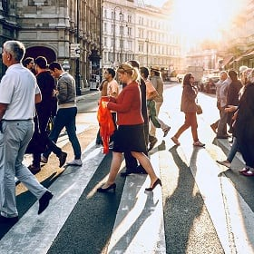 Understanding commutes through LinkedIn