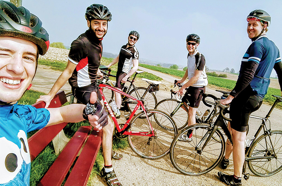 Relive's quite athletic team includes (from left to right) Ralf Nieuwenhuizen, Yousef El-Dardiry, Joris van Kruijssen, Ronald Steen, and Lex Daniels.