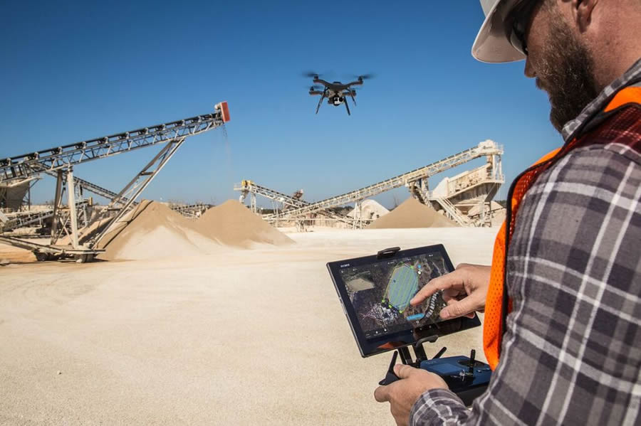 The Solo drone captures worksite features from a unique perspective.
