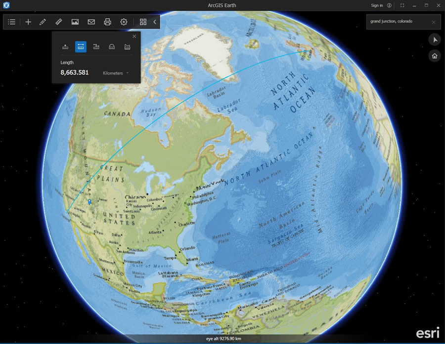 ArcGIS Earth displays the great circle route.