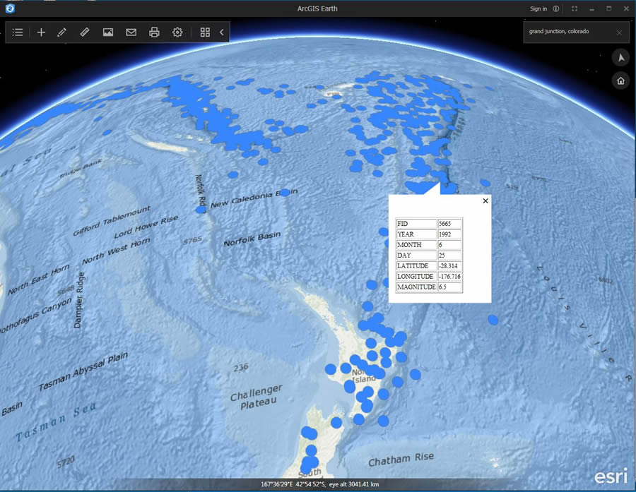 Earthquake sites northeast of New Zealand are visualized in ArcGIS Earth.