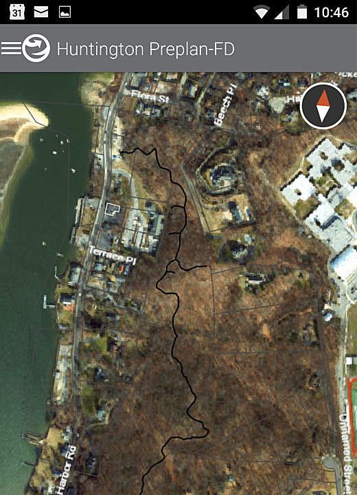The Explorer for ArcGIS app shows the location of the trail through Cold Spring Harbor State Park.