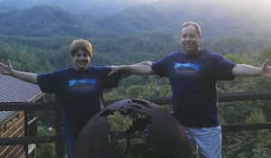 Sister-and-brother GIS professionals Greta Finney and Peter Stein wore their Esri T-shirt to Bryson City, North Carolina