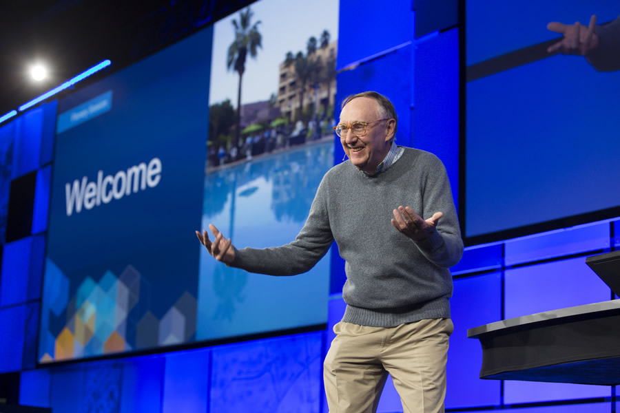 Esri president Jack Dangermond enthusiastically welcomes the crowd.