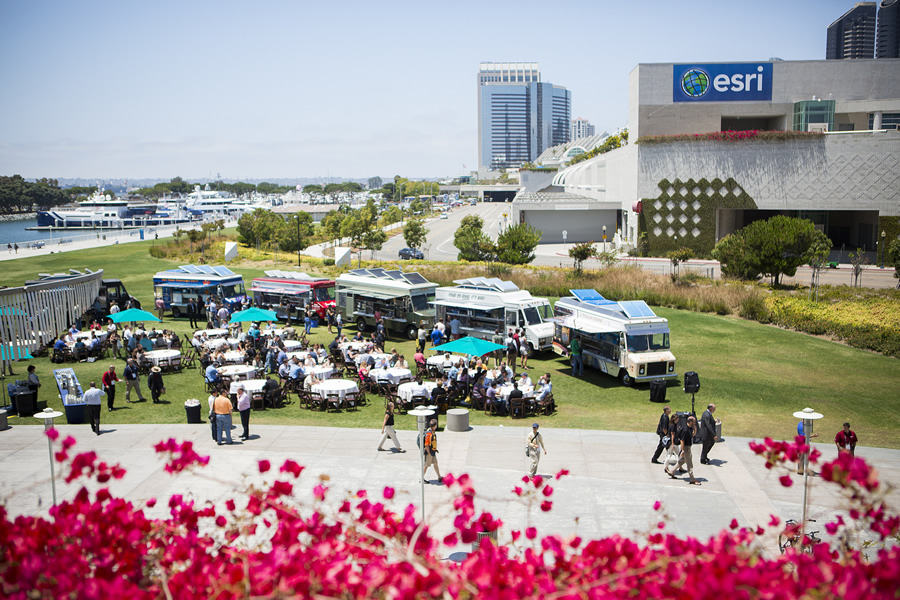 Go mobile. Grab a bite to eat at the food trucks outside the San Diego Convention Center.
