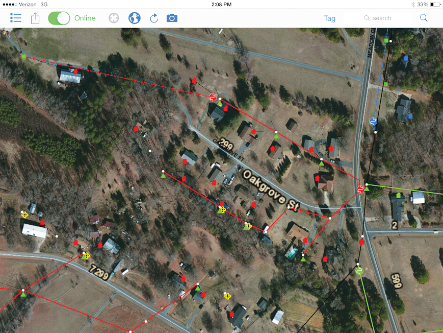 When linemen have connectivity, they can use aerial map services provided by Esri to get more contextual information.