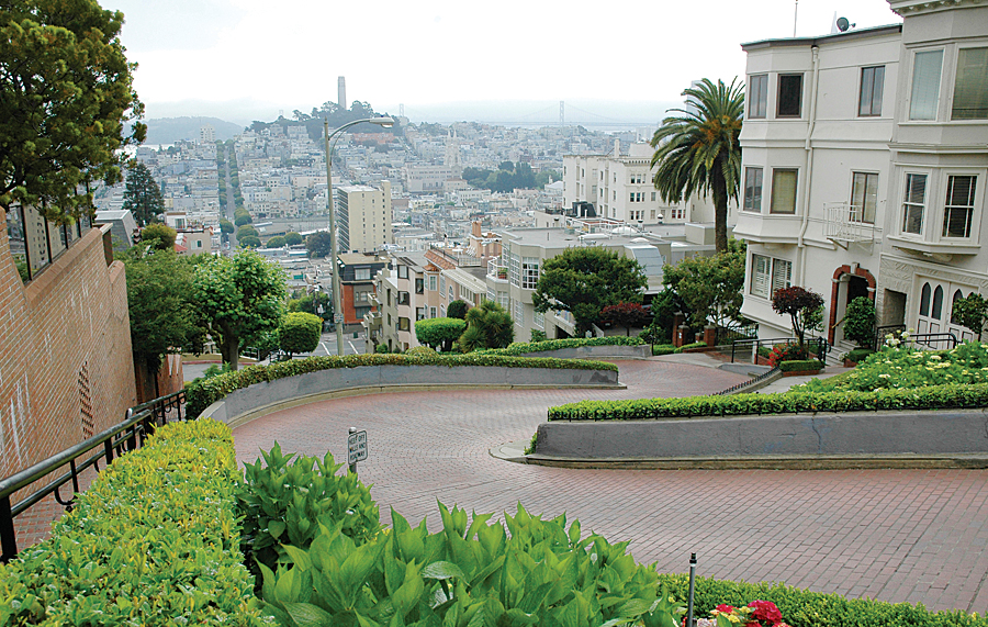 San Francisco iconic slope—Lombard Street. (Photo: iStock.)