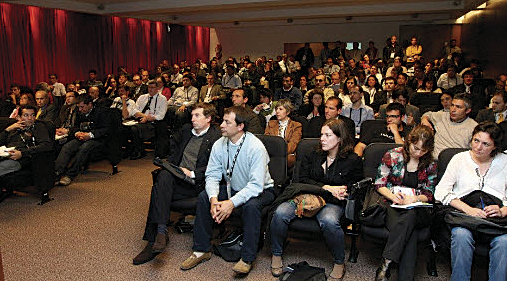 2012 Esri Latin America User Conference.