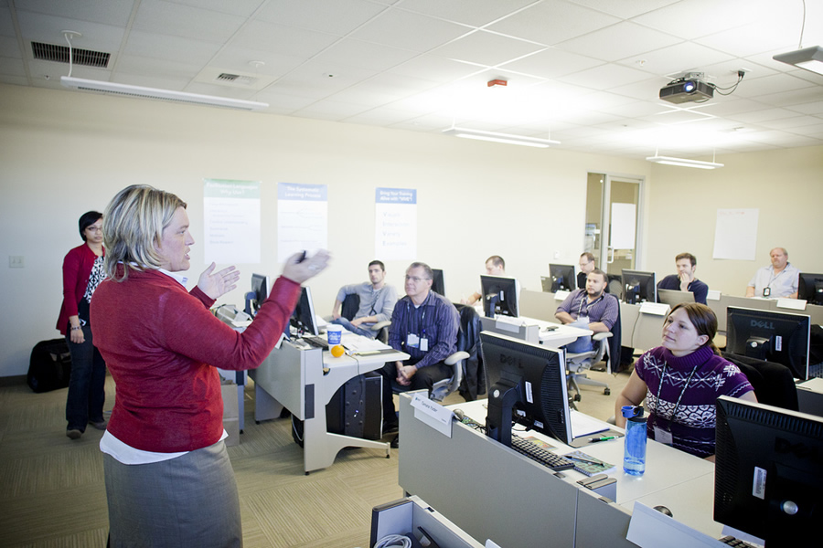 You can immerse yourself in the latest Esri technology at the technical workshops.