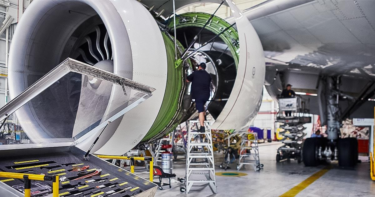 FedEx Manages Airplane Maintenance with GIS, Location