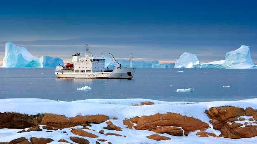 Greenlad tourist icebreaker