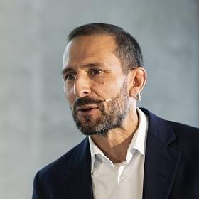 Jochen Schmidt, Vice President Distribution & Real Estate, Swarovski