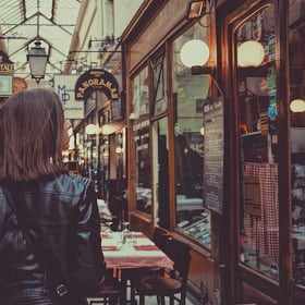 A woman shopping a personalized setting