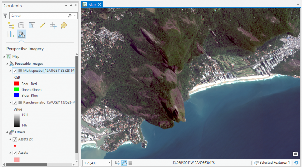 Oblique imagery in map space