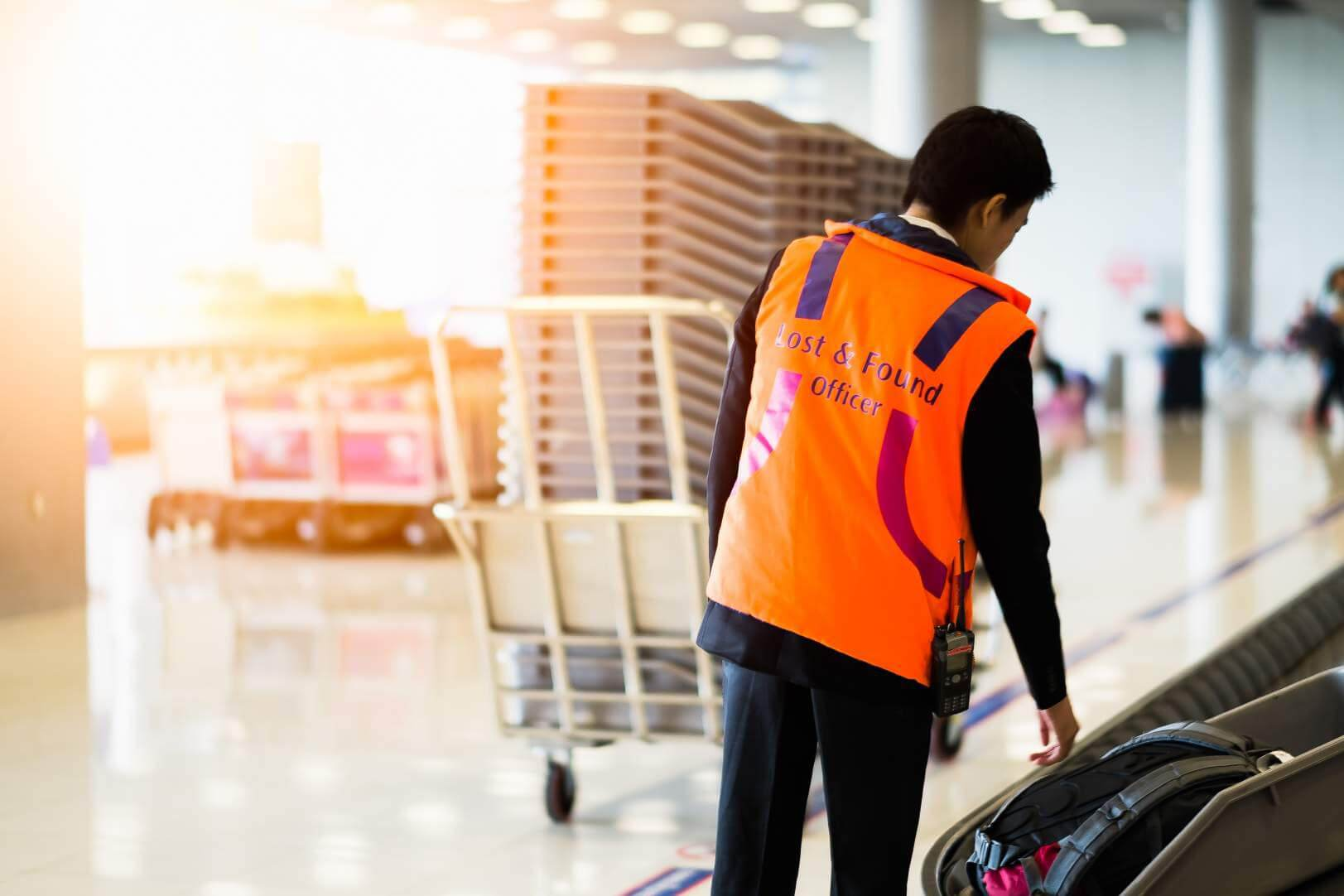 indoor positioning at airports operations management