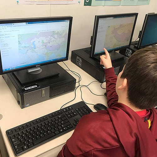 Students use GeoInquiries and ArcGIS Online