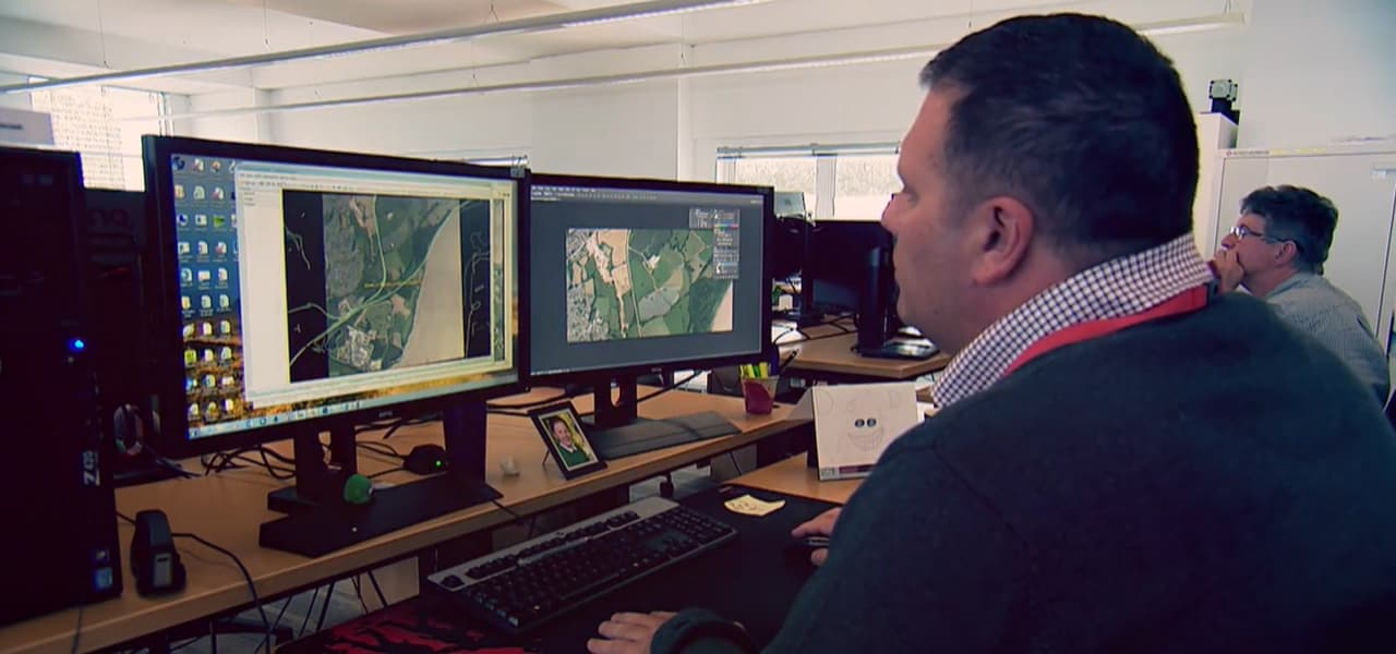 Image of a user utilizing ArcGIS mapping software
