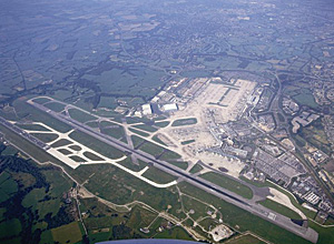 Manchester Airport in ...