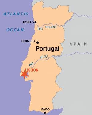 Esri News Summer 2001 ArcNews EMEA User Conference Set for Portugal