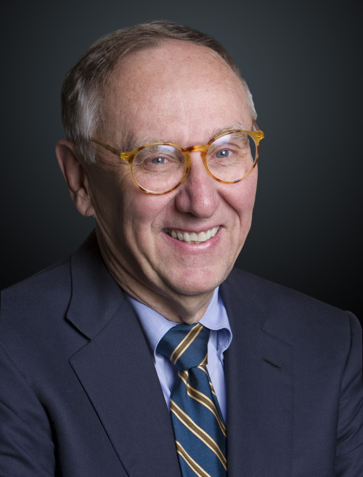 Jack Dangermond, president of Esri, receives honorary Doctor of Science degree from the University of Massachusetts Boston.