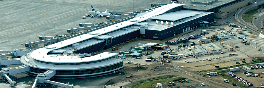 Edmonton International Airport Parking >> Managing a $1.1 Billion Airport Expansion Using GIS and Intelligent Web Mapping | ArcNews