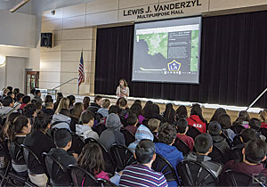 In a GIS Day presentation, Esri cartographyer Jennifer Bell shared her passion for geography with schoolchildren at Central Middle School in Riverside, California.