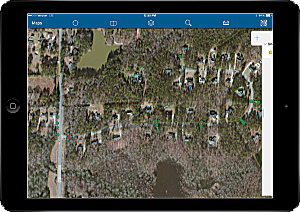 Coweta County GIS analyst Clint Richmond configured Collector for ArcGIS with multiple basemaps for field inspection.