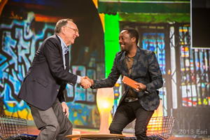 Esri president Jack Dangermond welcomes will.i.am to the Esri International User Conference.