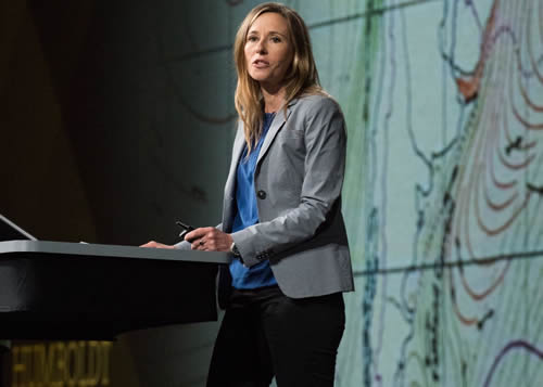 Historian and author Andrea Wulf shares stories about Alexander von Humboldt during the Esri User Conference.