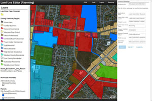 Land Use Editor helps you streamline routine planning workflows.
