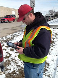 Ames traffic staff efficiently collect and access live information in the field using GISAssets on an iPad.